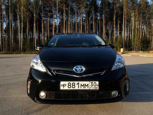 Toyota Prius a, 2011 год, 785 000 руб.