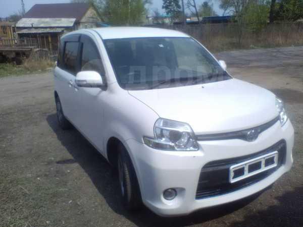 Toyota Sienta, 2015 год, 645 000 руб.