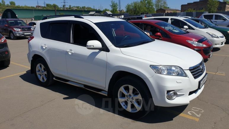 Toyota RAV4, 2011 год, 1 090 000 руб.