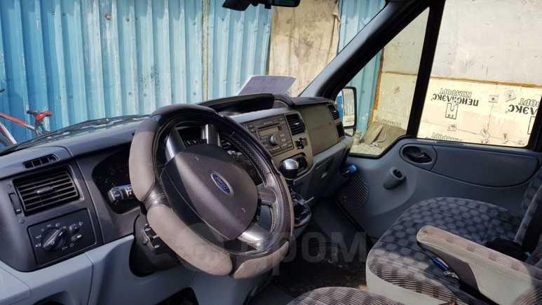 Ford Tourneo Custom, 2010 год, 670 000 руб.