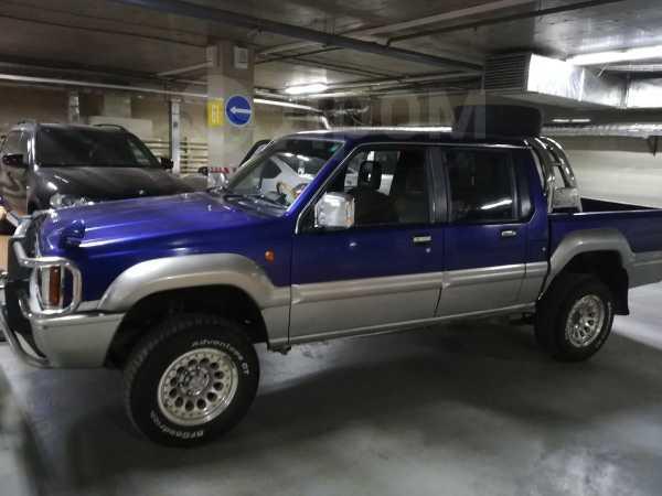 Mitsubishi Strada, 1993 год, 370 000 руб.