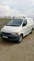 Toyota Hiace, 1999 год, 340 000 руб.