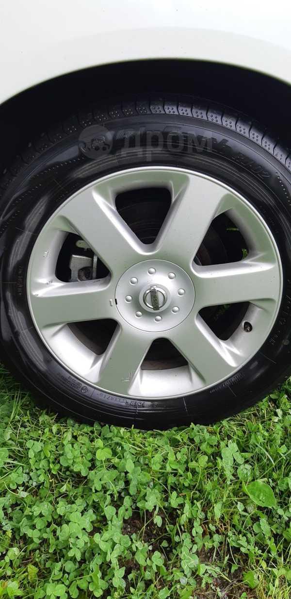 Nissan Elgrand, 2002 год, 570 000 руб.