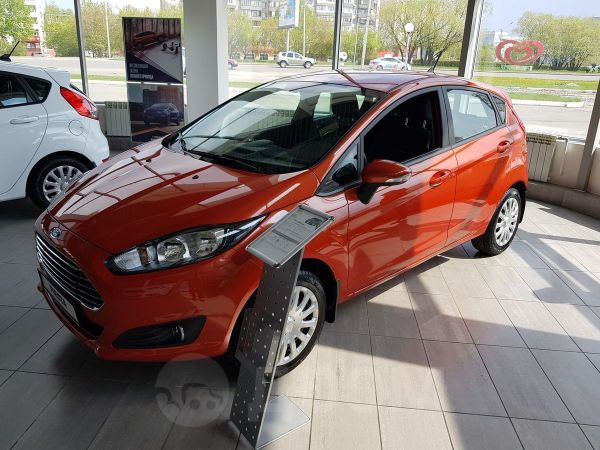 Ford Fiesta, 2019 год, 899 000 руб.