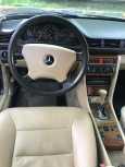 Mercedes-Benz E-Class, 1990 год, 300 000 руб.