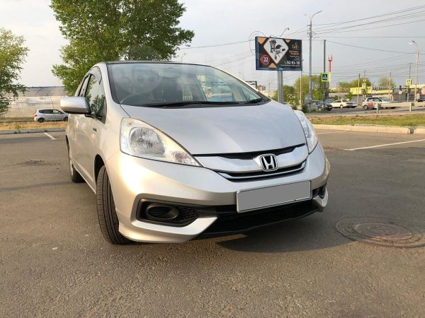 Honda Fit Shuttle, 2014 год, 635 000 руб.