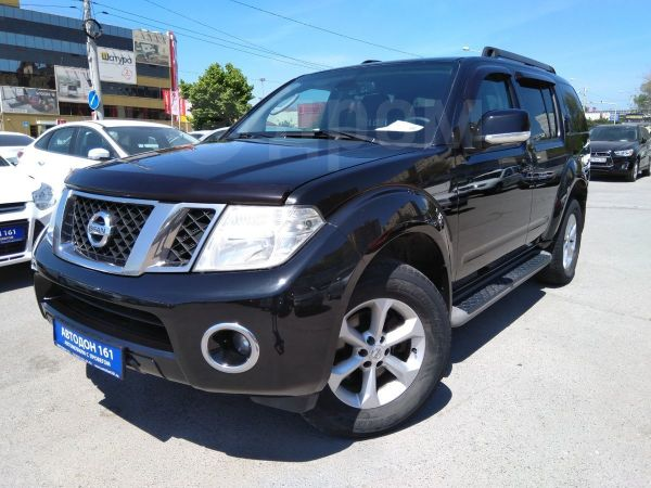 Nissan Pathfinder, 2010 год, 899 000 руб.