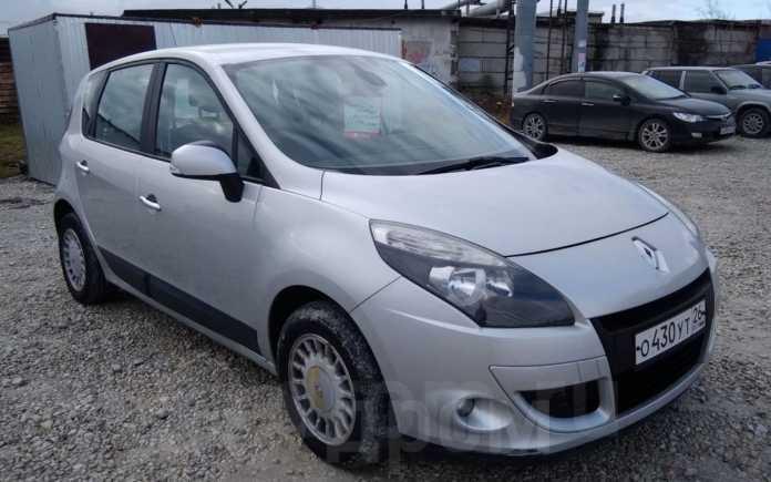 Renault Scenic, 2010 год, 445 000 руб.