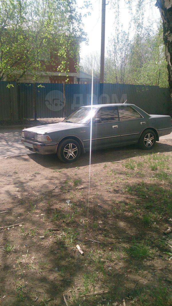 Toyota Crown, 1990 год, 112 000 руб.