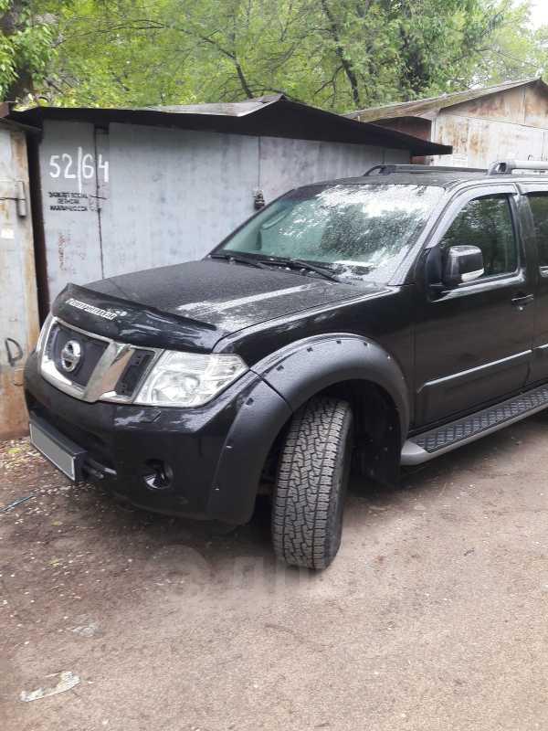 Nissan Pathfinder, 2010 год, 1 300 000 руб.