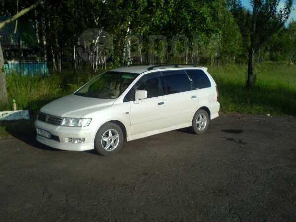 Mitsubishi Chariot Grandis, 2002 год, 410 000 руб.