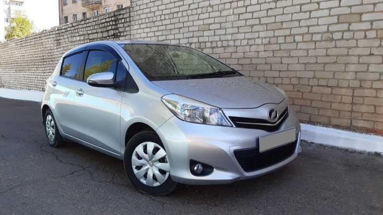 Toyota Vitz, 2013 год, 509 000 руб.