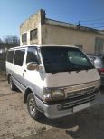 Toyota Hiace, 2002 год, 350 000 руб.
