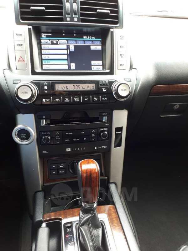 Toyota Land Cruiser Prado, 2011 год, 1 920 000 руб.