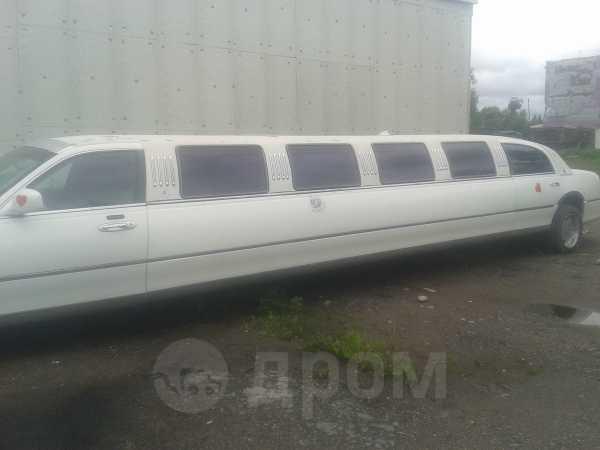 Lincoln Town Car, 2003 год, 450 000 руб.