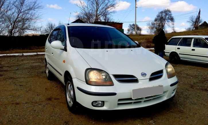 Nissan Tino, 2001 год, 210 000 руб.