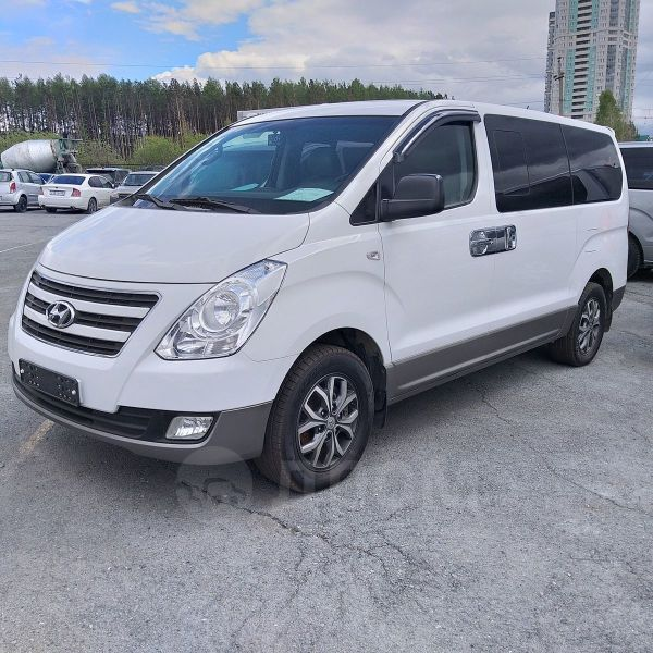 Hyundai Grand Starex, 2017 год, 2 300 000 руб.