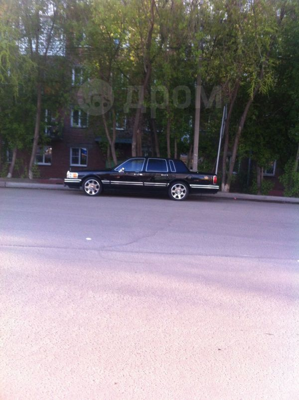 Lincoln Town Car, 1993 год, 860 000 руб.