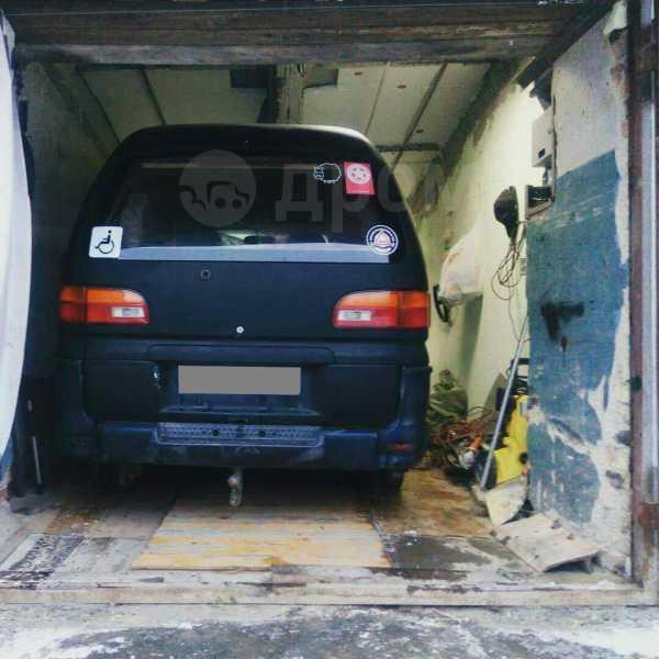Mitsubishi Delica, 1994 год, 270 000 руб.