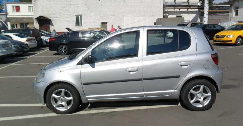Toyota Yaris, 2001 год, 185 000 руб.