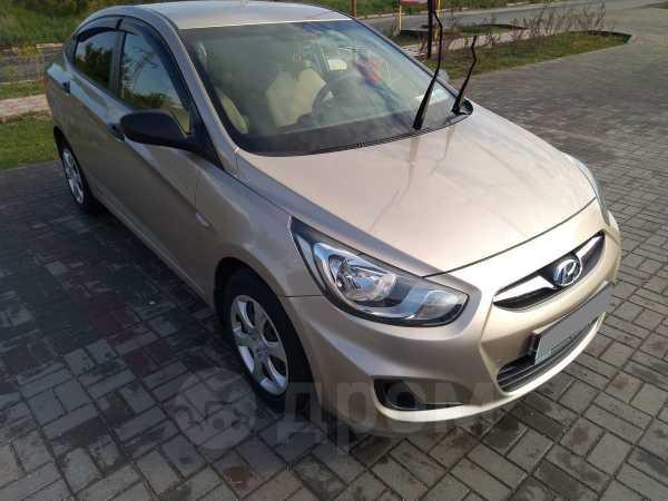Hyundai Accent, 2013 год, 450 000 руб.