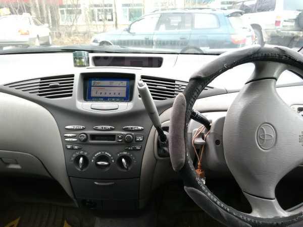 Toyota Prius, 1999 год, 210 000 руб.