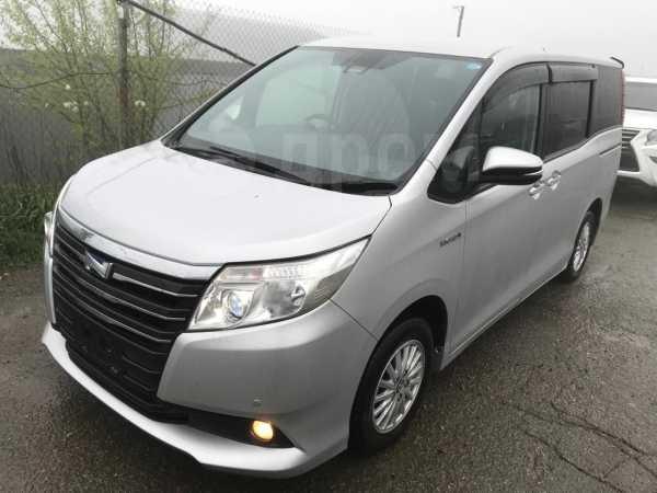 Toyota Noah, 2016 год, 1 395 000 руб.