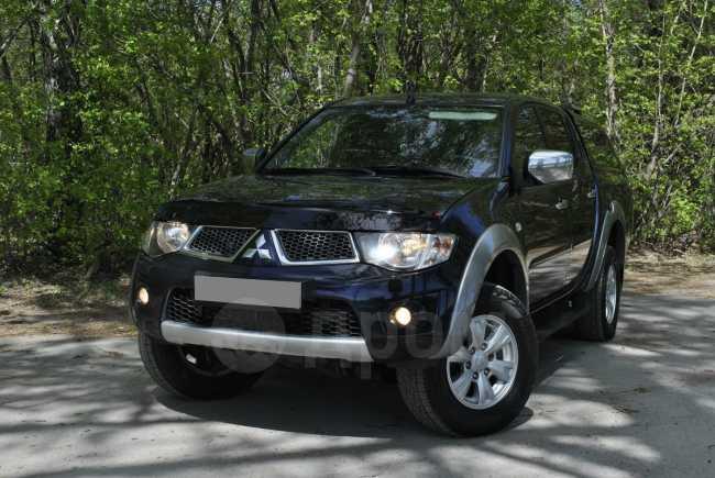 Mitsubishi L200, 2013 год, 979 000 руб.