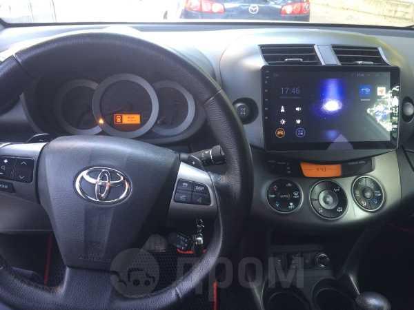 Toyota RAV4, 2010 год, 910 000 руб.