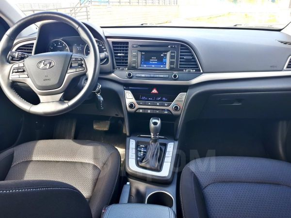 Hyundai Elantra, 2017 год, 1 110 000 руб.