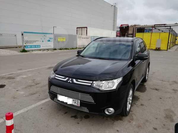 Mitsubishi Outlander, 2013 год, 1 240 000 руб.