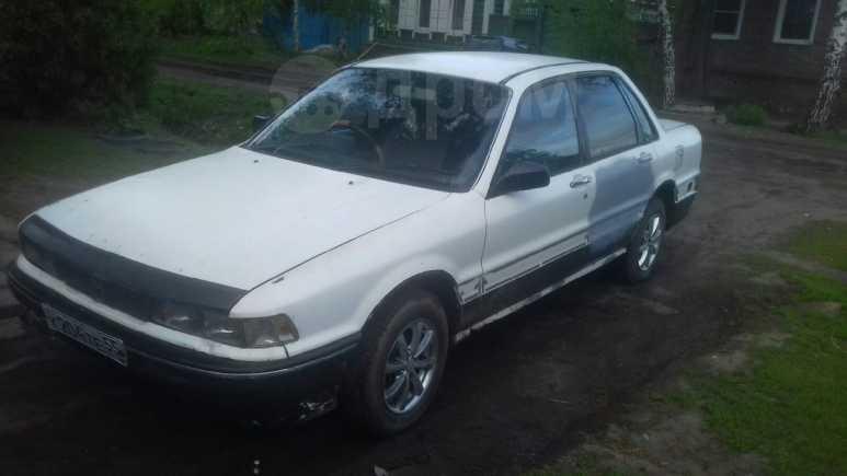 Mitsubishi Galant, 1989 год, 30 000 руб.