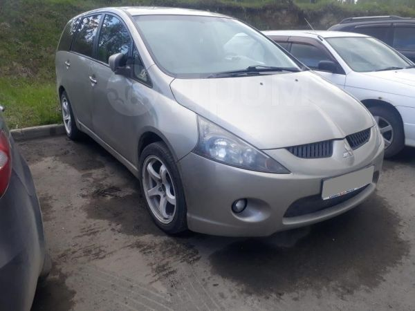Mitsubishi Grandis, 2006 год, 440 000 руб.