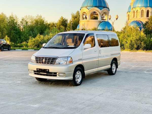 Toyota Grand Hiace, 2001 год, 830 000 руб.