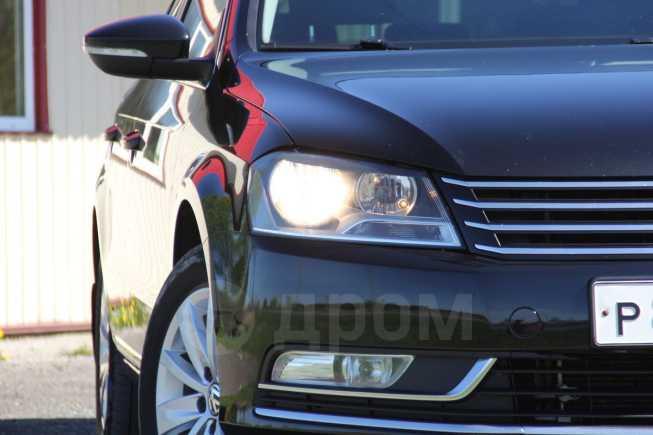 Volkswagen Passat, 2011 год, 652 000 руб.