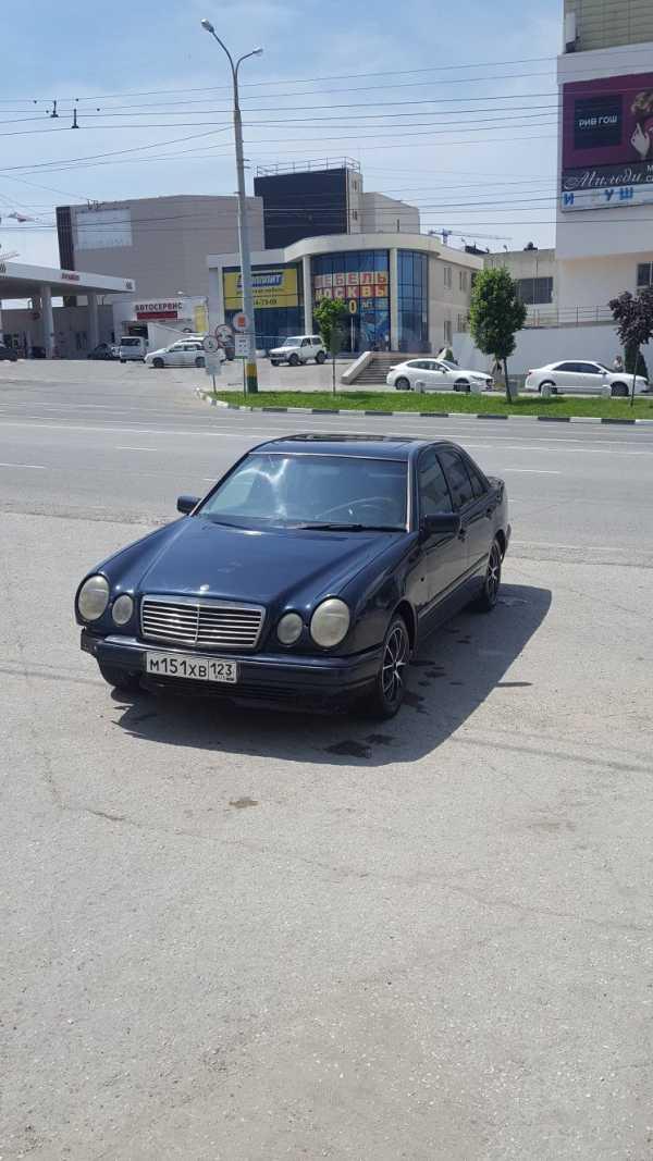 Mercedes-Benz E-Class, 1997 год, 135 000 руб.
