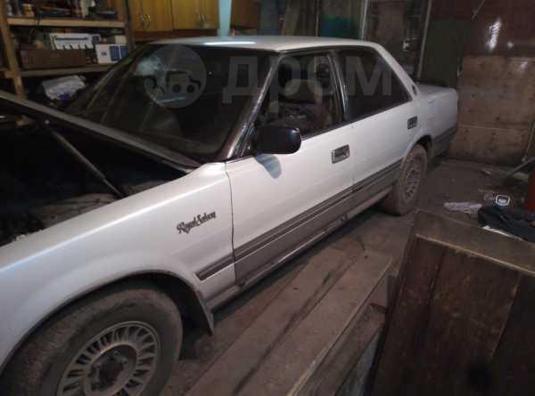 Toyota Crown, 1990 год, 70 000 руб.