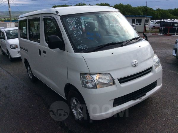 Toyota Town Ace, 2013 год, 610 000 руб.