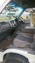 Nissan Caravan, 2003 год, 400 000 руб.