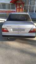 Mercedes-Benz E-Class, 1994 год, 150 000 руб.