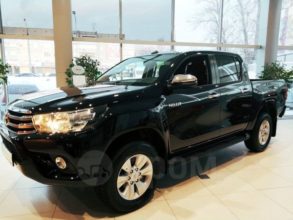 Toyota Hilux Pick Up, 2019 год, 2 525 000 руб.