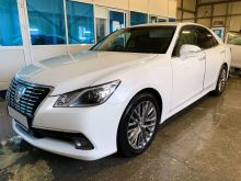 Якутск Toyota Crown 2013