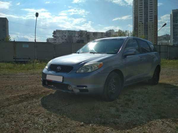 Toyota Matrix, 2002 год, 320 000 руб.