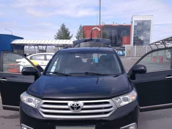 Toyota Highlander, 2012 год, 1 325 000 руб.