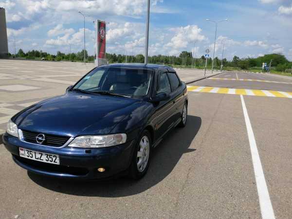 Opel Vectra, 2000 год, 255 000 руб.