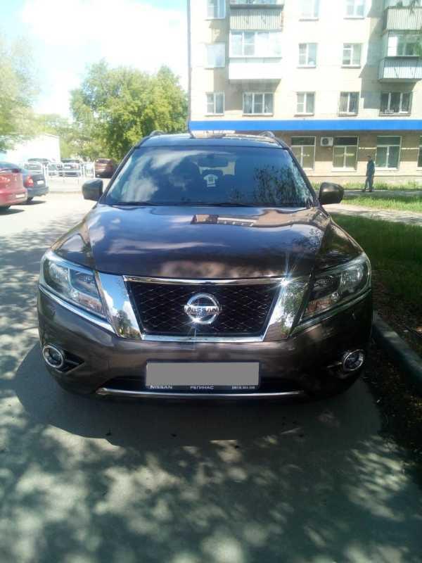 Nissan Pathfinder, 2015 год, 1 365 000 руб.