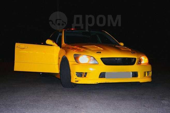 Toyota Altezza, 1999 год, 220 000 руб.