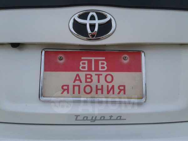 Toyota Prius, 2013 год, 777 000 руб.