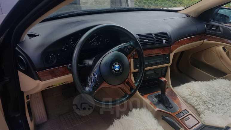 BMW 5-Series, 2000 год, 310 000 руб.