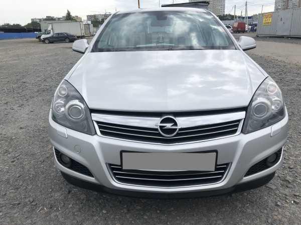 Opel Astra Family, 2012 год, 475 000 руб.